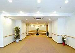東京都 八王子市 介護付有料老人ホーム 周和苑1Fエントランス